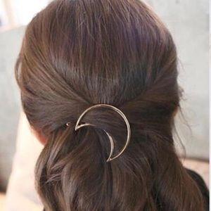 Accessories - ❗️2 FOR $20❗️ Moon Hair Clip